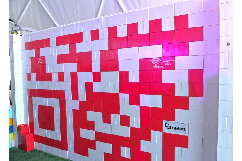 QR code géant Absomod-Micral Pavillon du futur 2017